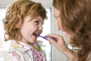 Čiščenje zob pri otrocih